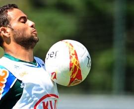 Weldinho vem para o Brasil por empréstimo do Palmeiras, e reforça o Xavante nas competições de 2016. Foto: Marcos Ribolli