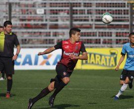 Jogadores que não jogaram diante do Atlético-GO na última terça (23), participaram de jogo-treino com o sub 20 do Grêmio. Foto: Jonathan Silva